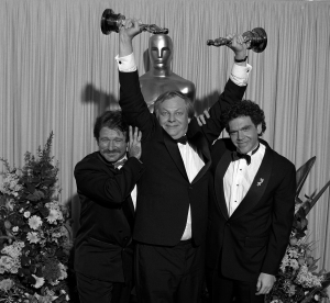 Richard Williams with Robin Williams and Charles Fleischer at 61st Academy Awards show